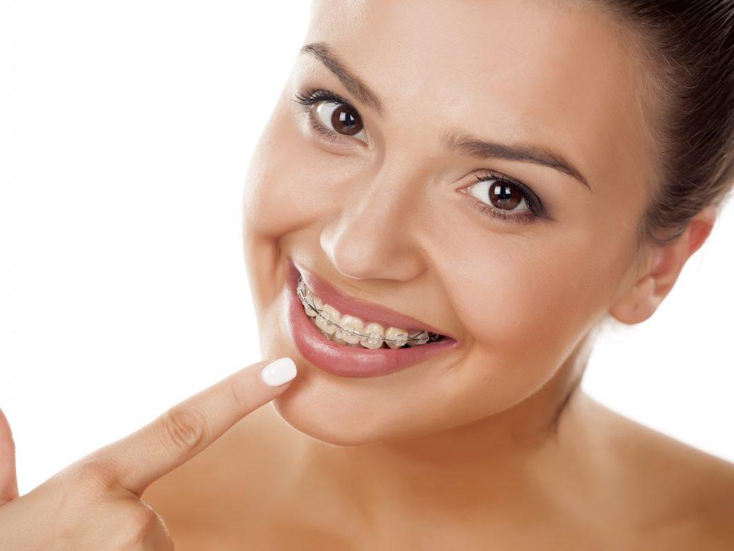 Gerade Zähne und Weisheitszähne